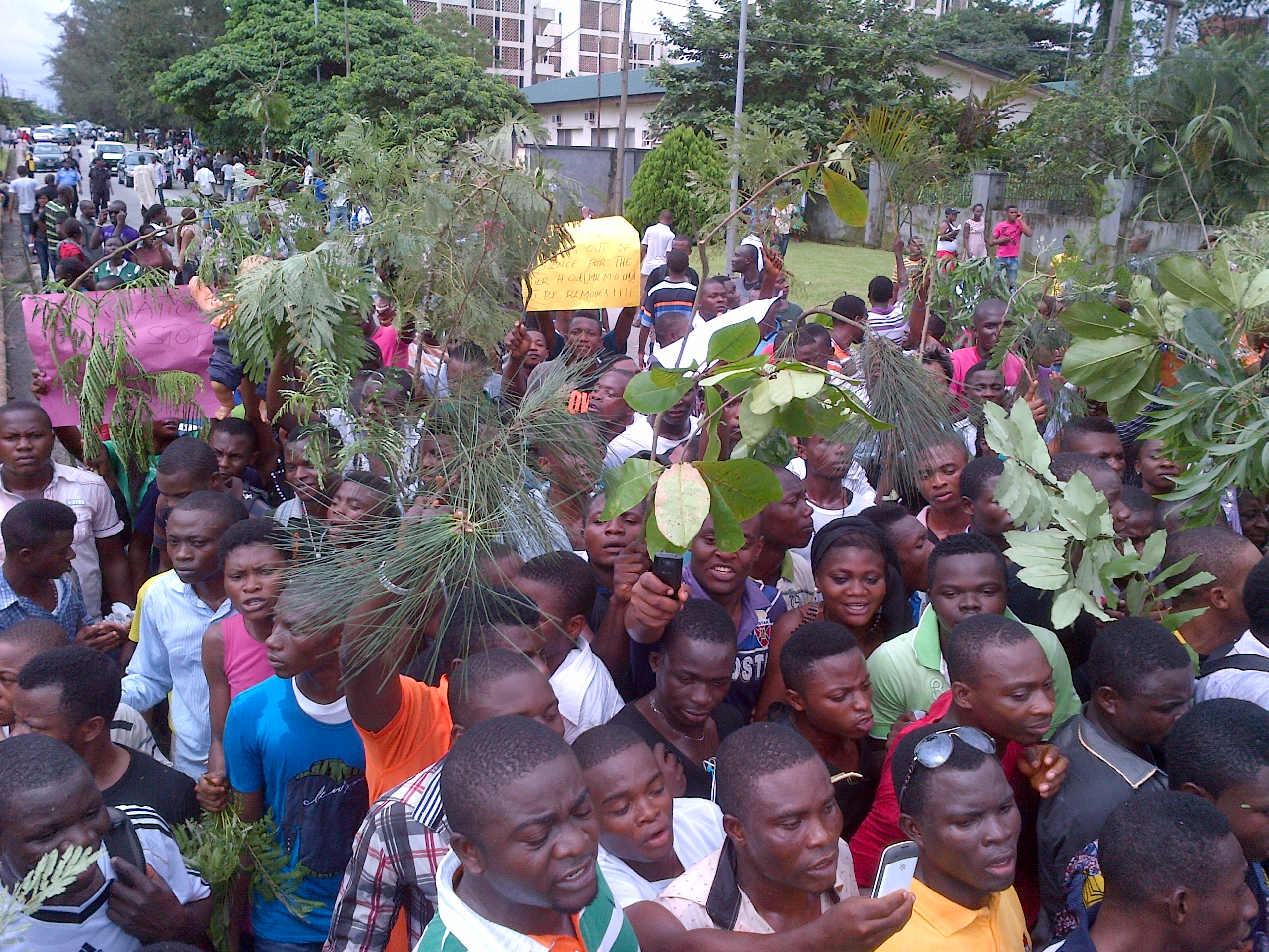 CRUTECH Students Protest Extortion and Insecurity