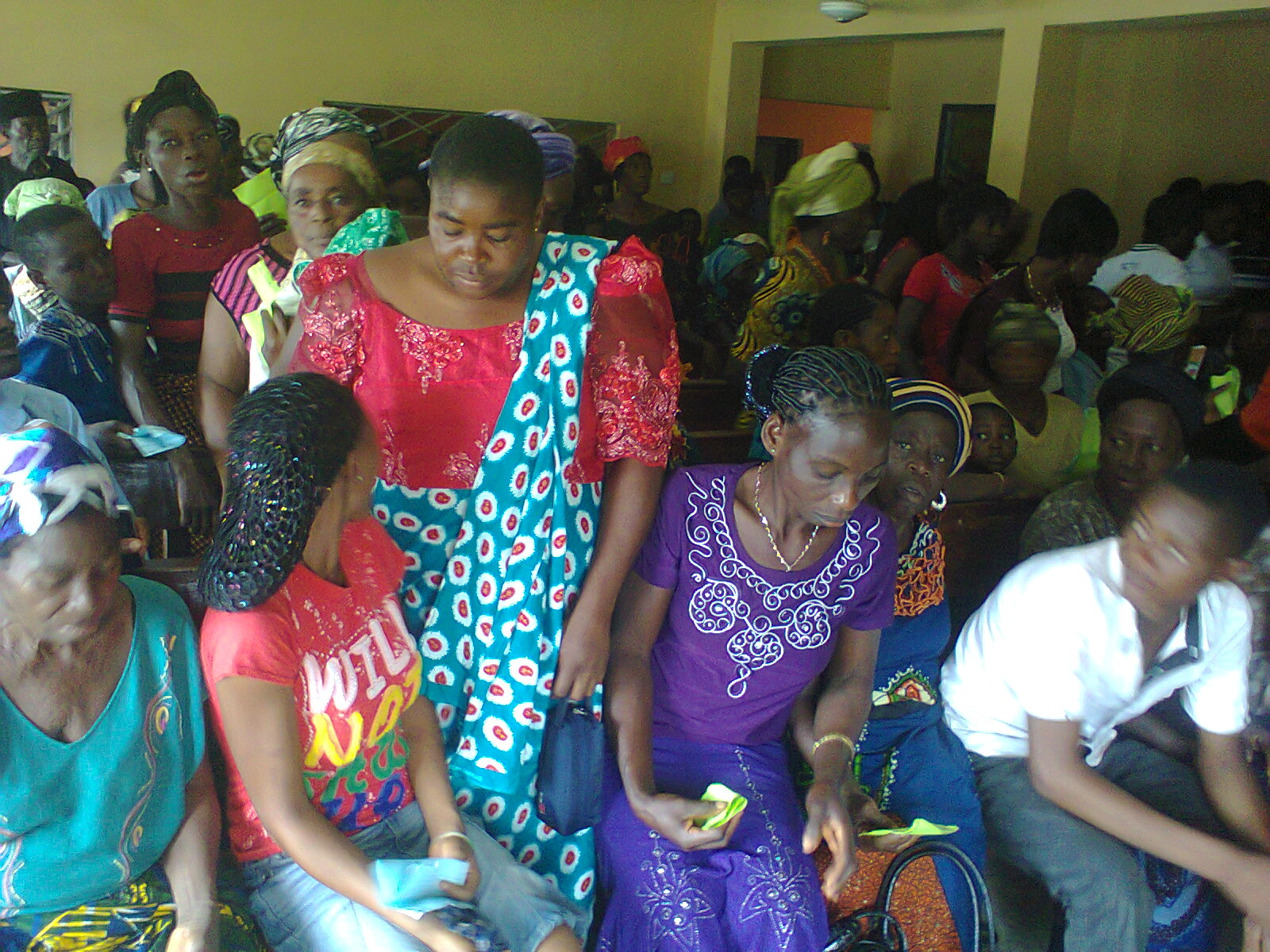 Crowds at the Senator Ayade Free Medical Outreach