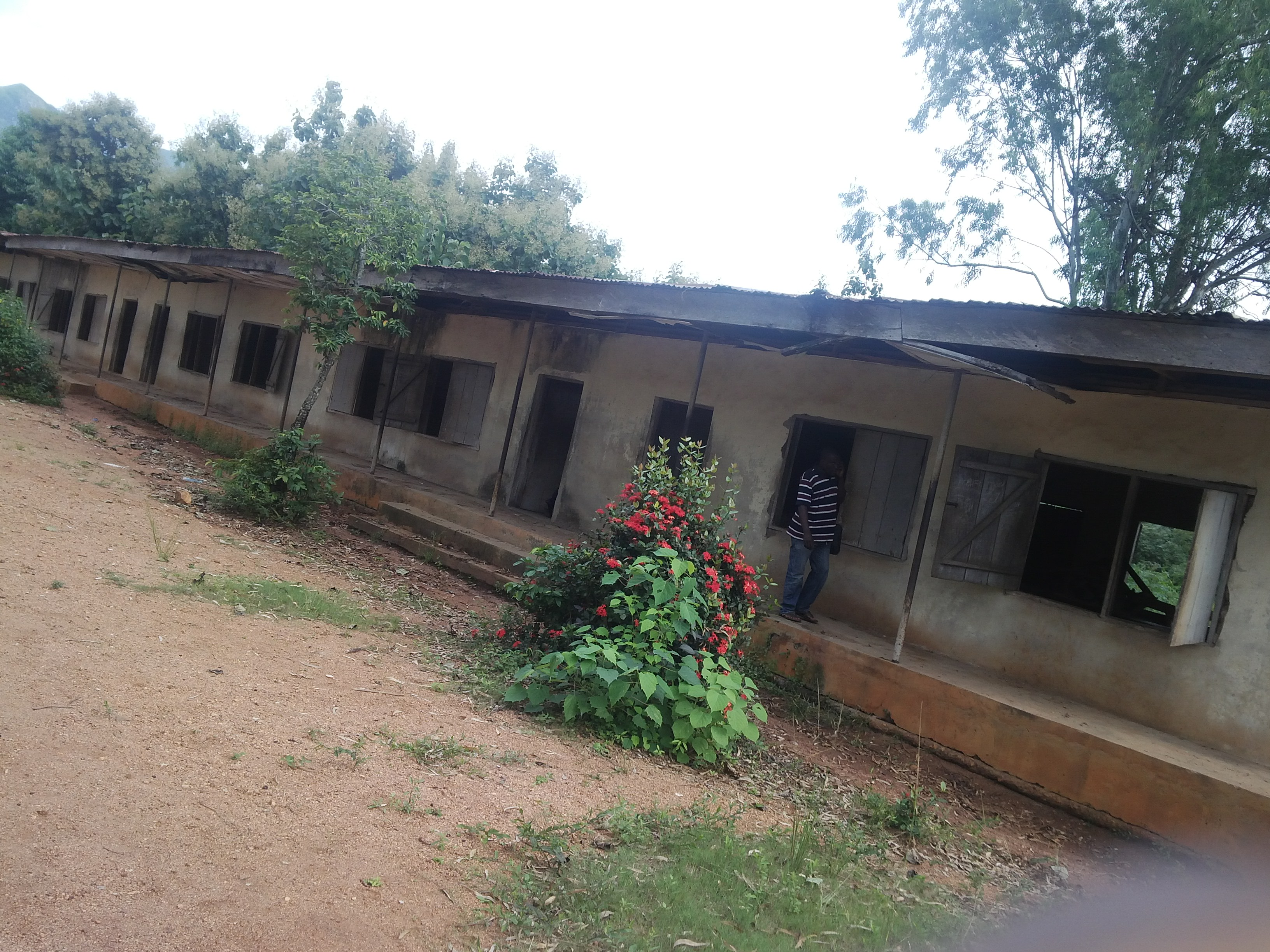 A dilapidated block of classrooms in the school