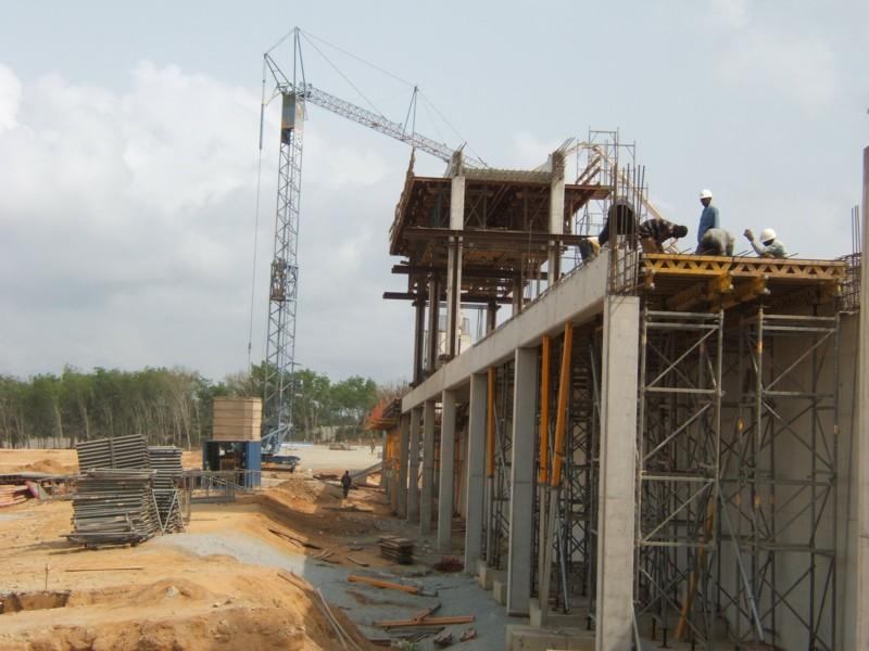 Calabar flyover under construction