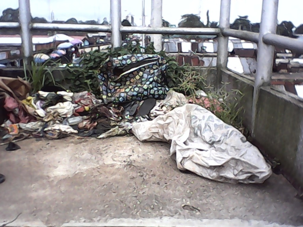 Refuse dump on the bridge