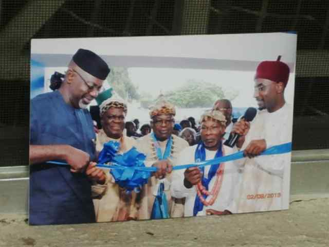 Governor Liyel Imoke along with the three Calabar Paramount Rulers, Obong of Calabar, Ndidem Quas, Muri Munene Effiong Mbukpa and Central Bank Governor, Sanusi Lamido during the launch of the Enterprise Development Center in Calabar recently