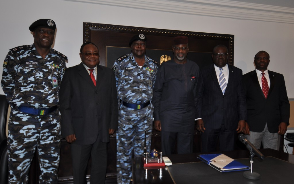 From left, Commissioner of Police, Mr Kola Sodipo, Perm Sec Ministry of Finance, Mr. Effenji Odey, Deputy Inspector General of Police Zone 6, Mr. Jonathan Johnson, Cross River State Governor Senator Liyel Imoke, his Deputy Mr. Efiok Cobham and Secretary to the State Government Mr. Mike Aniah all members of the 5-man Zonal Police Reform Committee shortly after its inauguration by the governor in Calabar, yesterday.