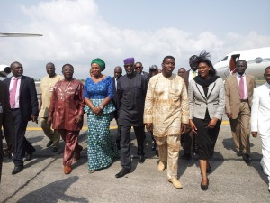 Paster Enoch Adejare Adeboye (center) flanked by Governor Imoke and Wife to the right and Mrs. Onari Duke to the left on the arrival of Adeboye aboard a private aircraft at the Margaret Ekpo international airport Calabar