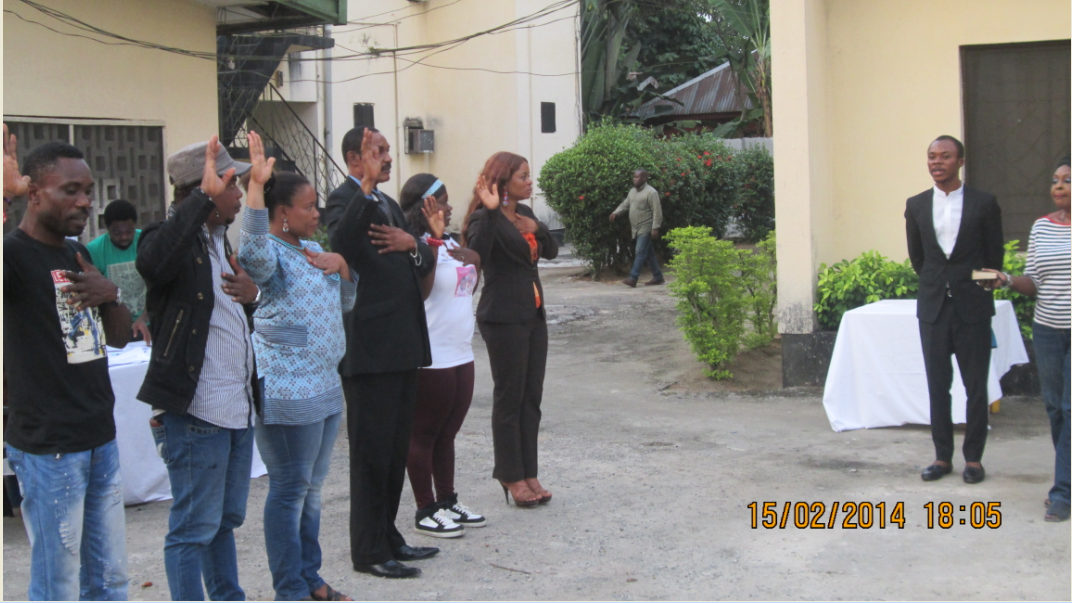 Newly elected AGN Cross River Excos taking their oath of office in Calabar yesterday