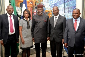 Cross River State Governor, Senator Liyel Imoke(m) flanked by The General Manager of GE Global Chain for Africa, Mr. Phil Griffith, Commissioner for Education, Prof. Offiong Offiong (R), Tamlah Oates-Forney, Human Resources Manager and SA Investment Promotion, Mr. Gerald Adah