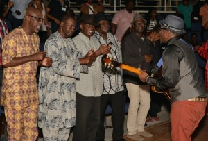 Cross River State Governor, Senator Liyel Imoke, former Minister of FCT, Barrister Solomon Ewuga,  Chief Gersom Bassey, Minister of Tourism, Chief Edem Duke and Commissioner for Information CRS, Chief Akin Ricketts being thrilled by the performance of a jazz maestro, Jimmy Dludlu last night at the ongoing Calabar Int'l Jazz Festival, holding at the main bowl of the Cultural Center, Calabar
