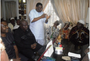 Jedy Agba stressing a point in his recent private visit to the Muri Munene of Efuts in Calabar