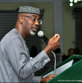Governor Imoke stressing a point