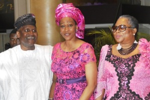 Africa's richest man, Aliko Dango (left) Onari Duke (center) and Onyeka Onwenu at the wedding