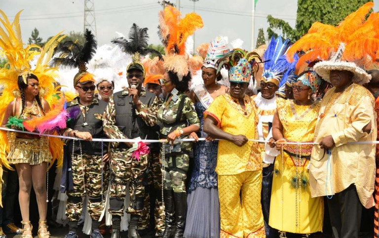 Governor Imoke and his wife inaugurating the adult session of the Carnival Calabar - 2013