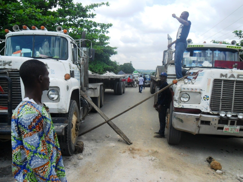 The blocked road from Calabar and the toll collectors