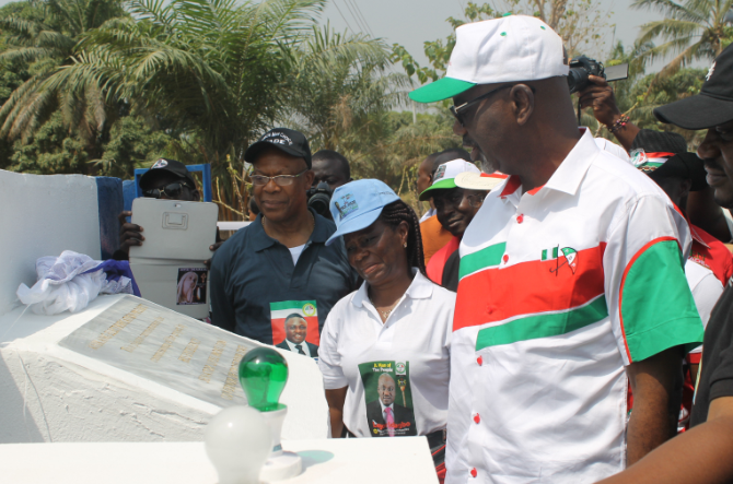 Governor Imoke commissioning one of the projects
