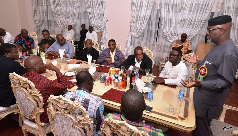 Governor Liyel Imoke addressing the aspirants and sitting while sitting next to him is Senator Ayade, Prof. Ivara Esu, Jedy Agba, Joe Agi SAN, Emmanuel Ibeshi, Legor Idagbo and others