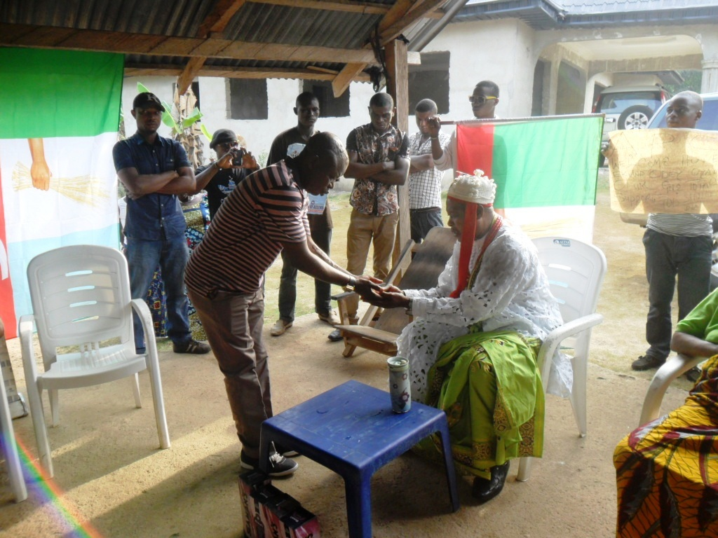 The-Paramount-Ruler-of-Boki-blessing-Hon.-Ernest-Eki