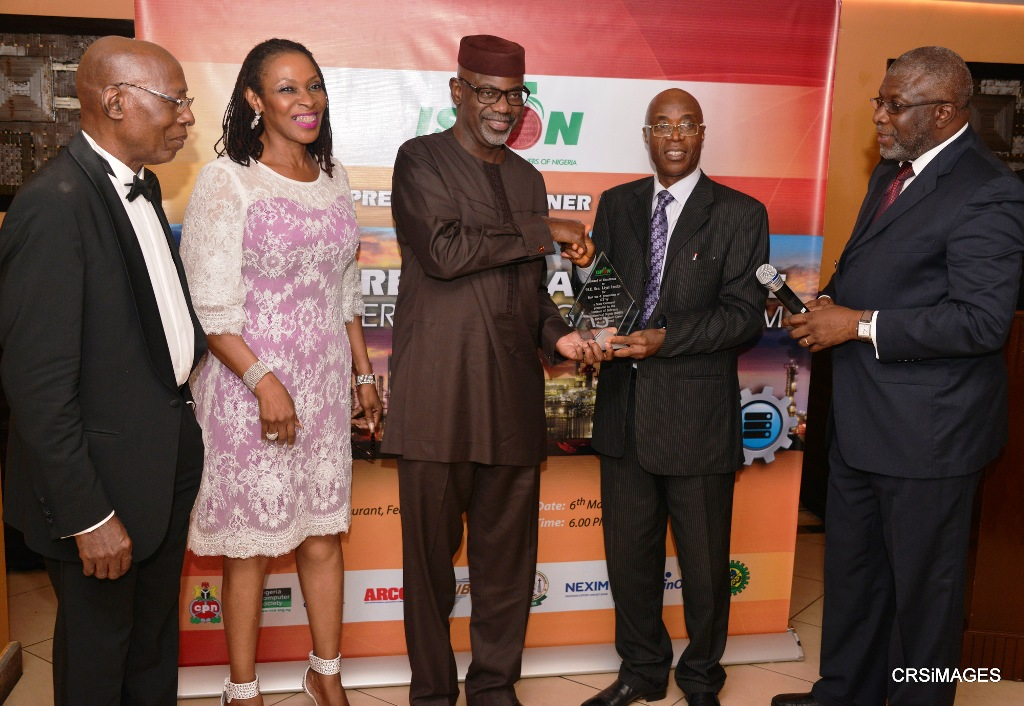 Governor Imoke and Wife receiving the award in Lagos