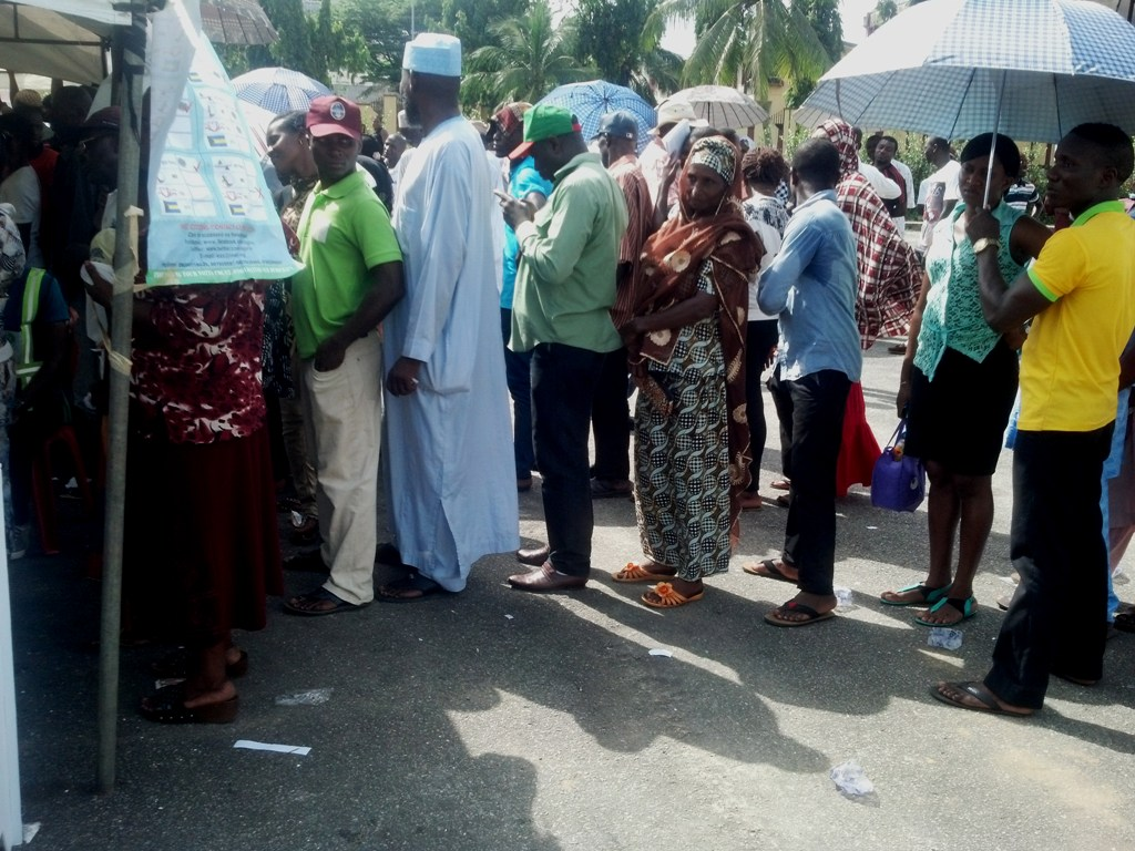 Voters on the queue in Calabar yesterday