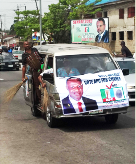 APC campaign train along Marian Road by Rabana