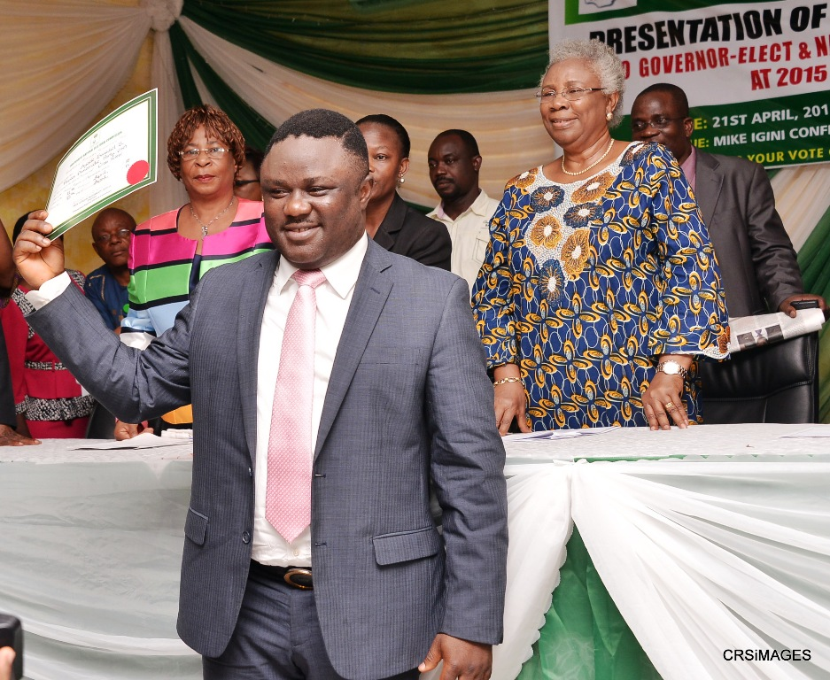 Cross River State Governor-Elect, Senator Ben Ayade displaying his Certificate of Return at the State INEC Headquarters, Calabar shortly after the presentation by the National Commissioner in charge of Cross River, Akwa Ibom and Rivers States, Barrister Thelma Iremiren