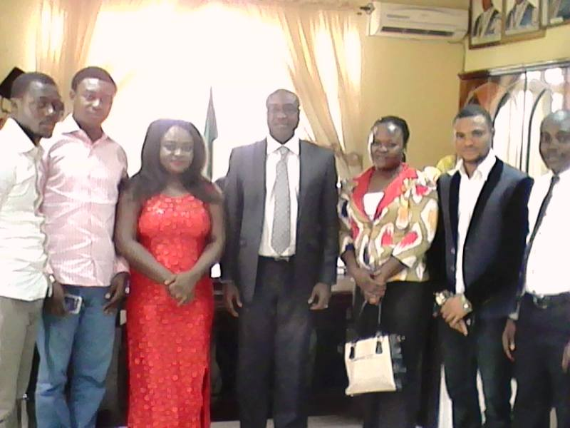 Members of the delegation in a group photograph with Professor Zana Akpagu