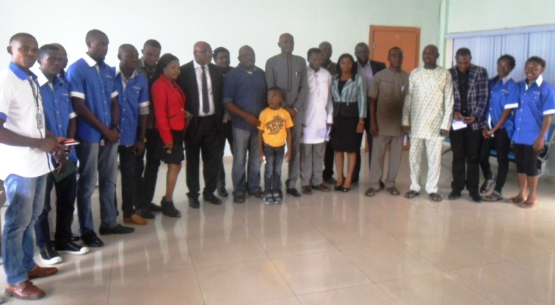 Cross section of ACROJ delegation in a group photo with the Speaker and members of the House after the courtesy visit