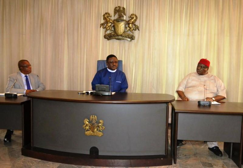 Cross River State Governor, Prof. Ben Ayade, Chairman, Governing Council, University of Calabar, Chief Emmanuel Inwuanyanwu and the Vice Chancellor, University of Calabar, Prof. James Ekpoke, during a courtesy visit by the University Council to the Governor in his office. Calabar today
