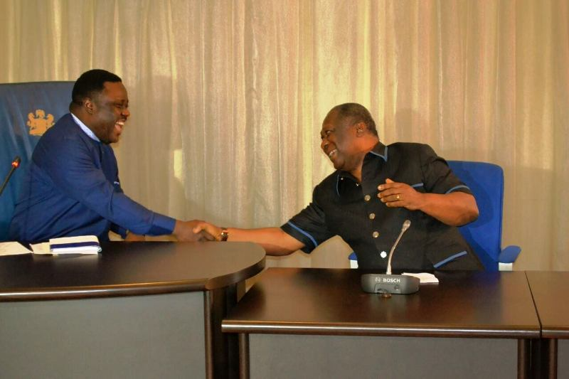 Cross River State Governor Benedict Ayade in a handshake with NDDC Chairman Senator Bassey Ewa Henshaw during a courtesy call visit by the NDDC board to the governor in Calabar