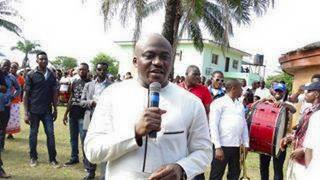 Hon. Legor Idagbo addressing supporters during the thanksgiving event in his country home in Bekwarra