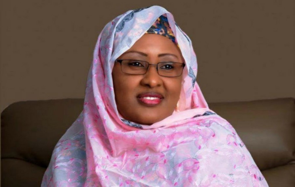 Mrs. Buhari Donates To Pregnant Women, Nursing Mothers In Cross River