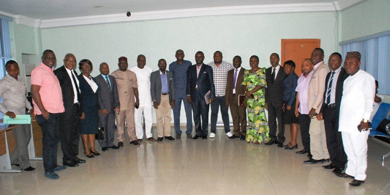 Speaker, colleagues in group photo with NBA members