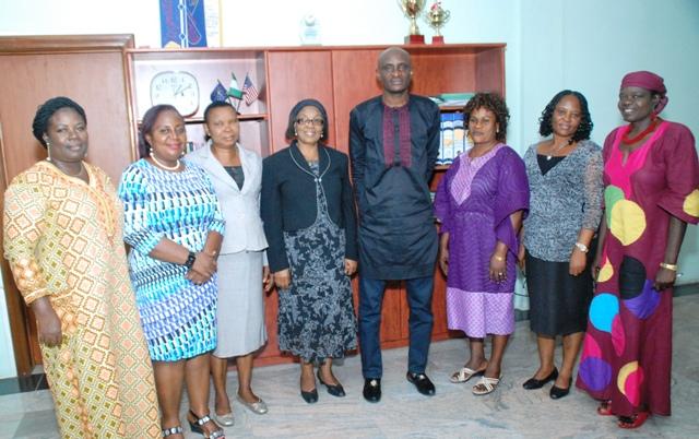 Speaker, Hon. John Gaul Lebo with representatives of the Bahumono Women Association