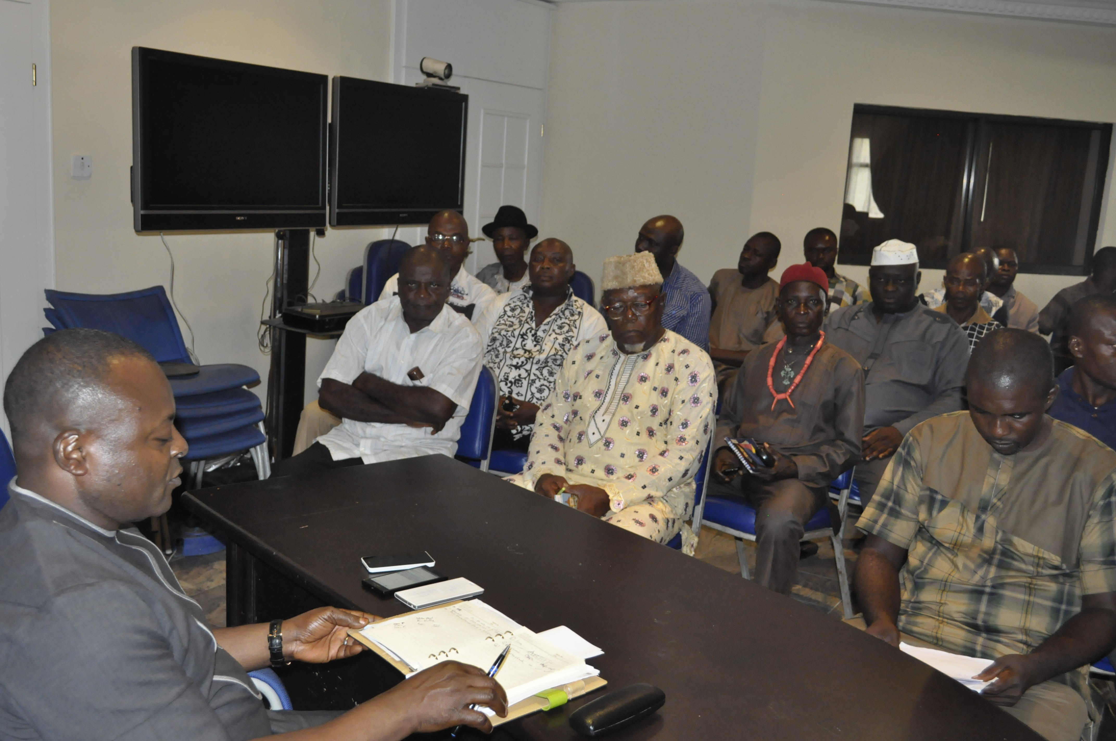 SA, Governor's Office, Ken Aklah in an emergency meeting with members of the Timber Dealers union in Calabar, Tuesday