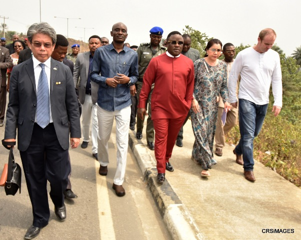 (3rd right) Cross River State Governor, Professor Ben Ayade, Speaker, Cross River House of Assembly, (right) Managing Director, Thai-African Corporation Limited, Mrs. Pantipa Dhanagon and her Director (first left), Mr. Kannadit Plengsri-Ngarm, during a site inspection for the proposed Rice City in Calabar