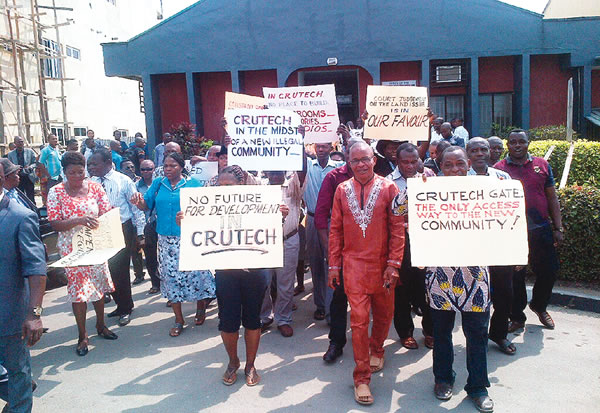 Aggrieved residents and staff of CRUTECH protest insecurity and land encroachment by members of host community (file picture)