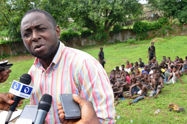 Jude Ngaji, Cross River State Security Adviser and the paraded suspected criminals