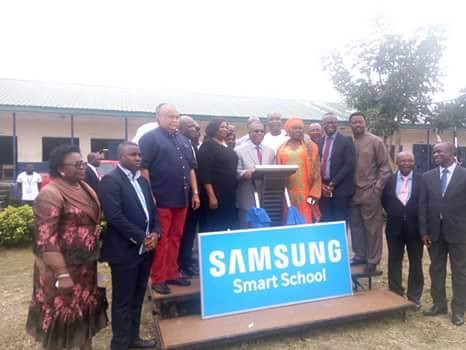 The Samsung and Etiam Global team pose for a photograph with the CRS team led by the deputy governor, Prof Ivara Esu after the event