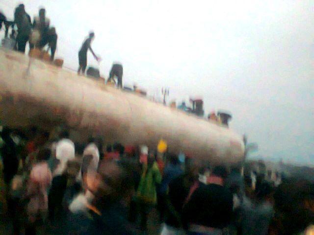 tanker looters2