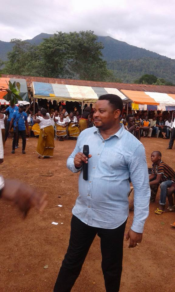 Hon Martins Orim Addressing Obudu people at Ukpe