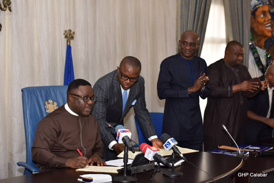 From L-R: Gov Ben Ayade, State Chief of Protocol Asikpo Okon, Speaker CRSHA Hon John Lebo and Deputy Speaker CRSHA Hon Joseph Bassey at the signing if 'Ayadecare' bill, Tuesday