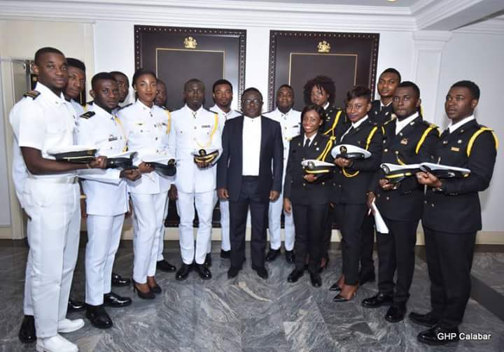 Cross River Governor, Ben Ayade (Middle in black suit) receives maritime cadets, plans state owned shipping line. (Photo Credit: Govt House Calabar/Dan Williams)