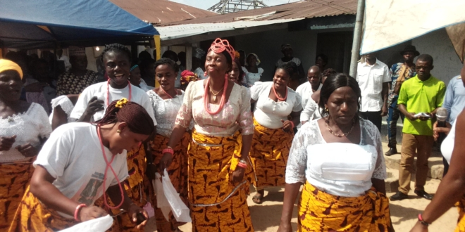 Gesila Khan, Resident Electoral Commissioner accused of collecting bribes (middle) dancing with Gesila women (photo credit: mycrossriver.com)